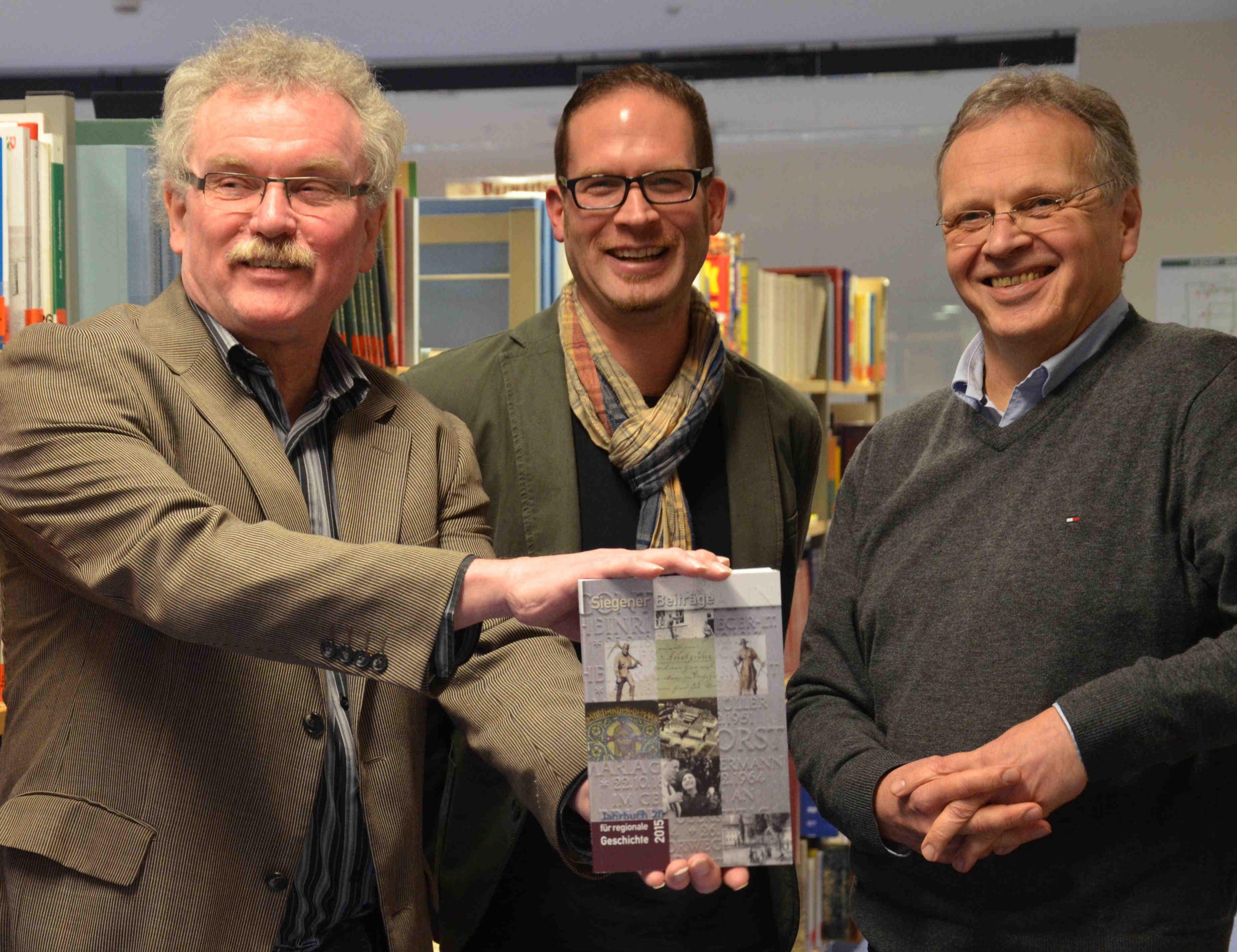 Buchpräsentation durch Burwitz, Brachthäsuer, Plaum Foto: Westfalenpost/Ilka Wiese