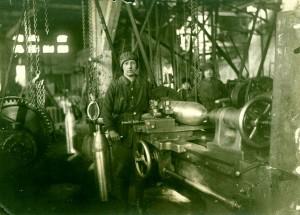 Granatdreherin Fa. Oechelhäuser 1917, 600dpi_klein