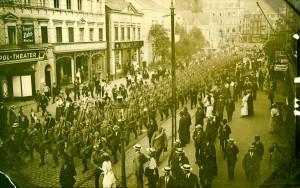 Auszug des Reserve-Infanterieregiment 81 während der Mobilmachung im August 1914 (Vorlage: Stadtarchiv Siegen)